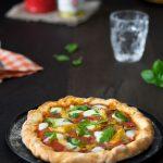 Schnell gemachte Pizza Napoli mit Artischocken 1