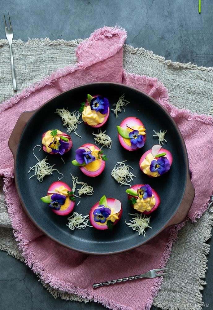 Gefüllte Rote-Bete-Eier - Deviled Eggs 3