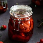 Erdbeer-Thymian-Essig-1