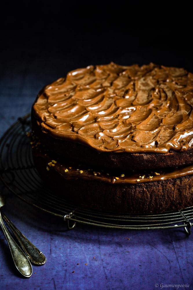 Schokoladen-Bananen-Kuchen mit Karamell